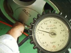タイヤ空気圧調整_d0013202_9292986.jpg