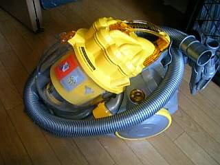 ついに・・・! ダイソン掃除機 購入~。_a0083864_15551587.jpg