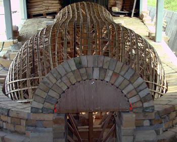 窖窯を作る/カガミのアーチ_c0081499_20411851.jpg
