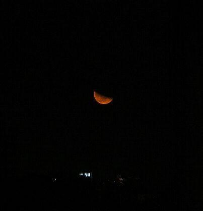上る月(月齢21.6)_e0089232_23151825.jpg