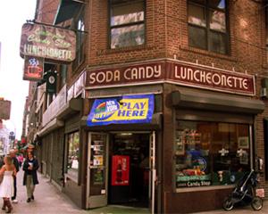 老舗ダイナーでタイムスリップ-Lexington Candy Shop_b0007805_0543884.jpg