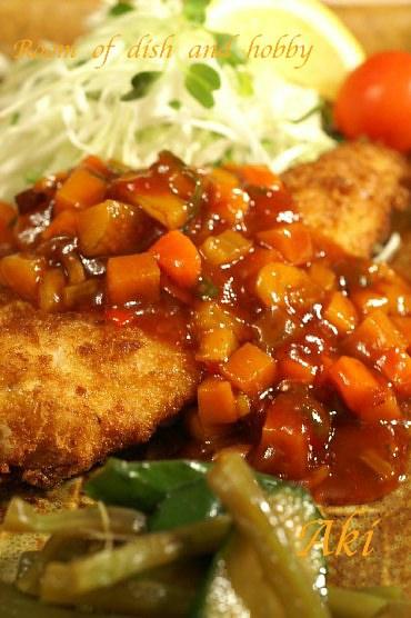 オリジナルソース掛けしいらのフライ/豆腐とお野菜の玉子綴じ煮_b0033423_1892531.jpg