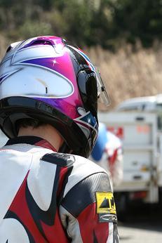 久しぶりのバイクネタですやん!_f0056935_218244.jpg