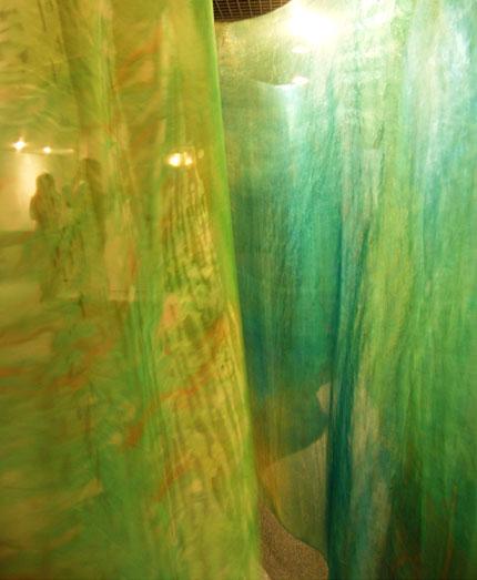 ギャラリーにて     in a gallery_b0029036_1759496.jpg