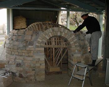 窖窯を作る/働くオジサン_c0081499_20571095.jpg