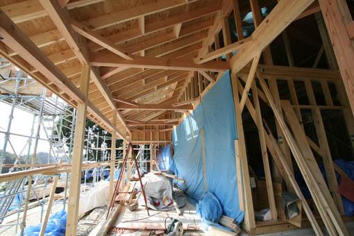 Q1前沢の家10 : 軸・屋根検査2_e0054299_18473315.jpg