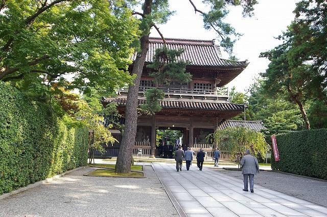 珠姫の寺・天徳院_d0043136_22124772.jpg