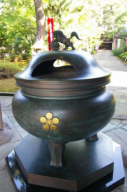 珠姫の寺・天徳院_d0043136_22135810.jpg