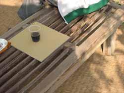 柿の樹の下の茶所。_f0018099_19112043.jpg