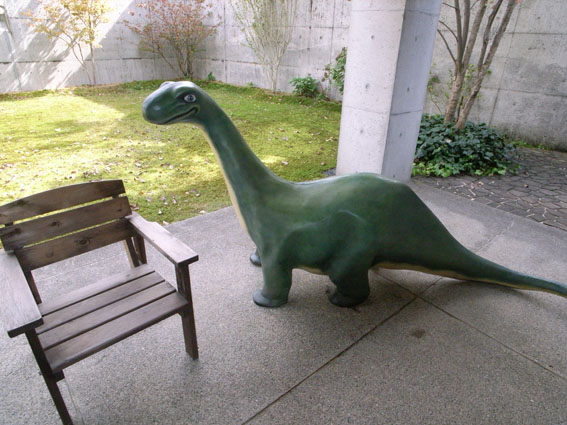 シンクレア恐竜である。_a0077842_21134762.jpg