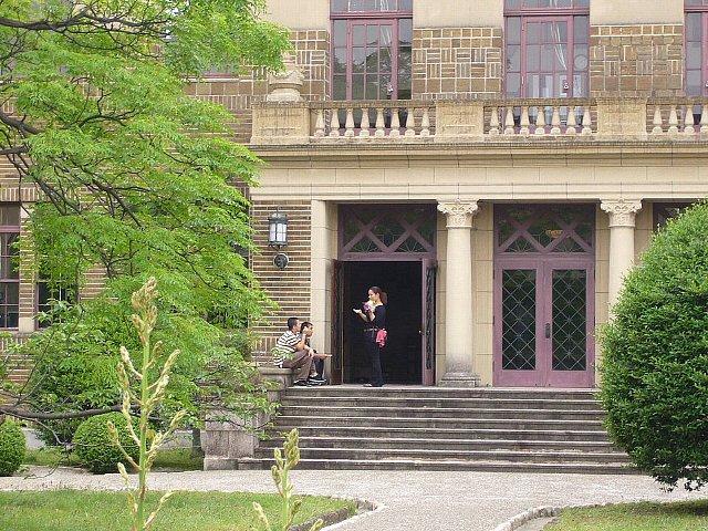 神戸女学院 図書館_c0094541_15192996.jpg
