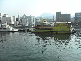 伊王島への船_d0066127_1358988.jpg