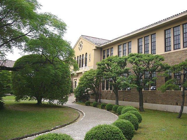 神戸女学院 文学館_c0094541_14112377.jpg