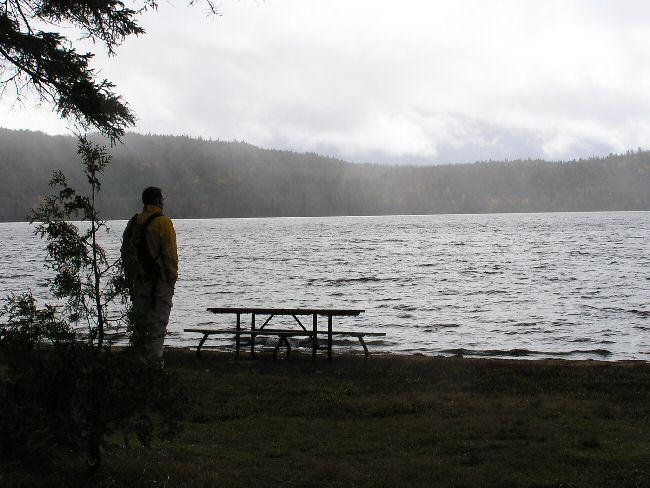 カナダ便り  湖にて_a0027125_8443388.jpg