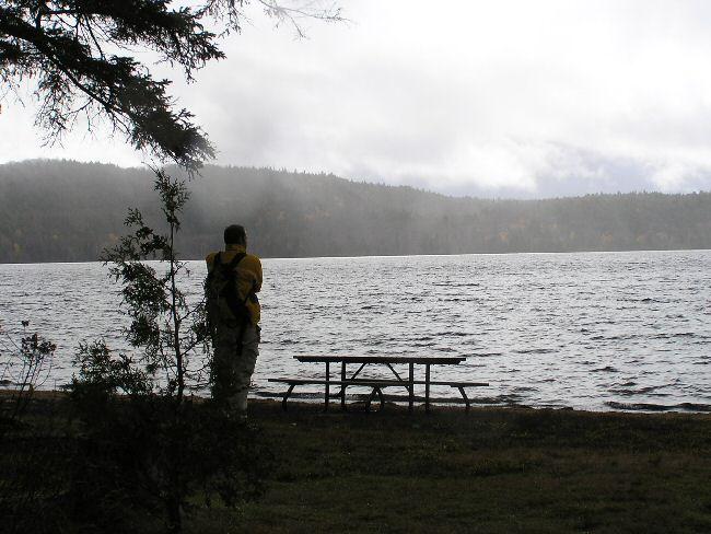 カナダ便り  湖にて_a0027125_8453612.jpg