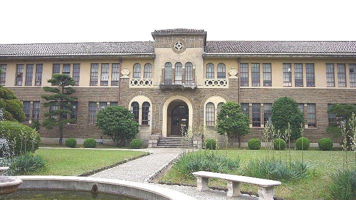 神戸女学院 理学館_c0094541_134026100.jpg