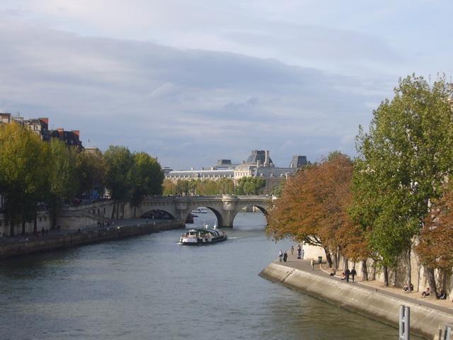 ■観光客気分でパリの秋を満喫_a0008105_193556.jpg