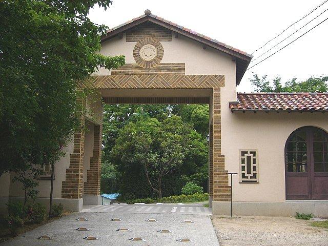 神戸女学院 総務館・講堂・ソールチャペル_c0094541_13333625.jpg