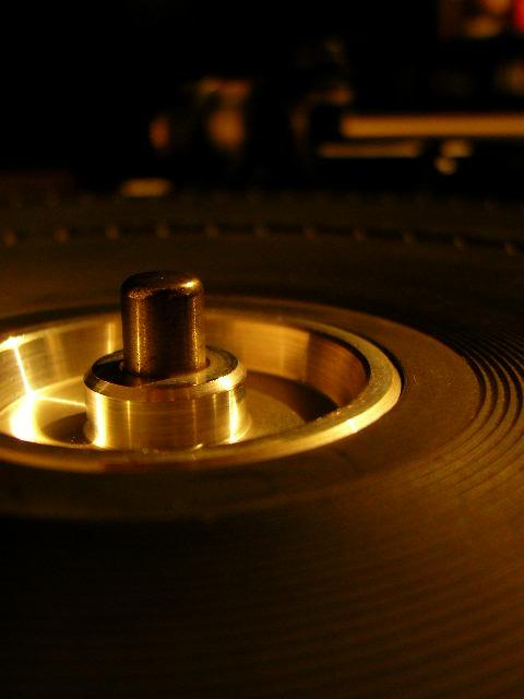 私的レコードプレーヤー考 3 レコードを置いてみよう_e0080678_1174446.jpg