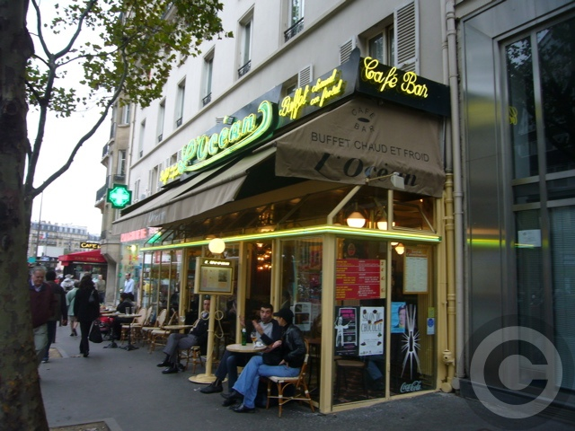 【キャフェCAFE】街角のキャフェL\'OCEAN(モンパルナス界隈)PARIS_a0014299_4484897.jpg
