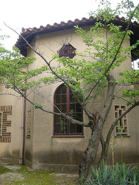 神戸女学院 購買部_c0094541_11485249.jpg