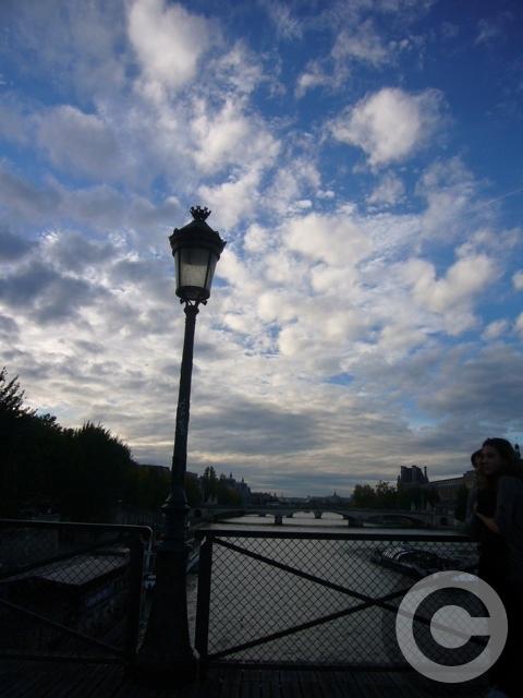 ■秋の芸術橋の上から・・・(パリPARIS)_a0008105_19442314.jpg