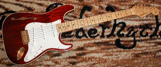 1994年製のFender C-Shop Thinline ST入荷!_e0053731_19575991.jpg