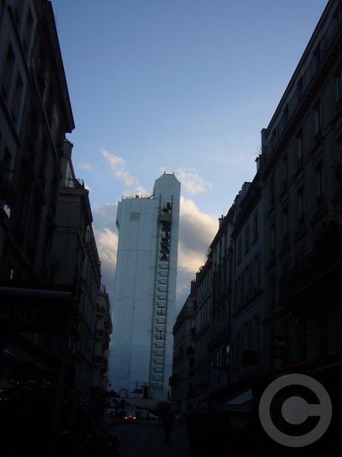 ■街角の工事(パリPARIS)_a0008105_19444027.jpg
