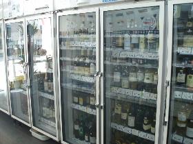 ワインとチーズの店 よしだ屋_f0105112_16221584.jpg