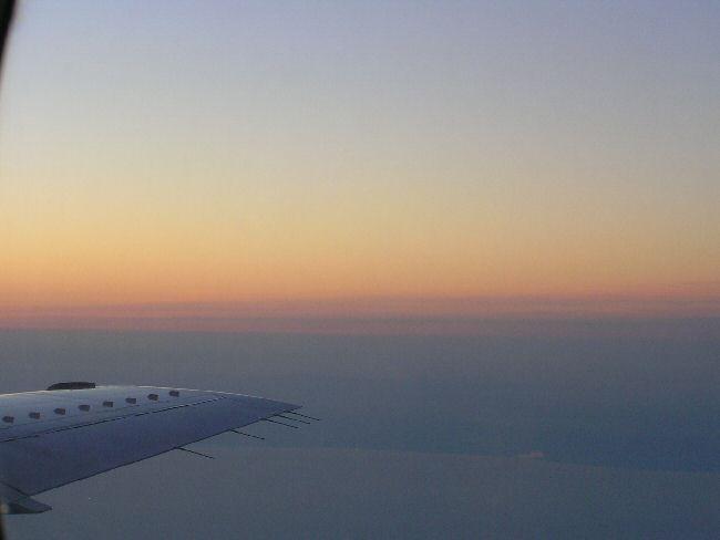 カナダ便り   飛行機の中から_a0027125_7571495.jpg
