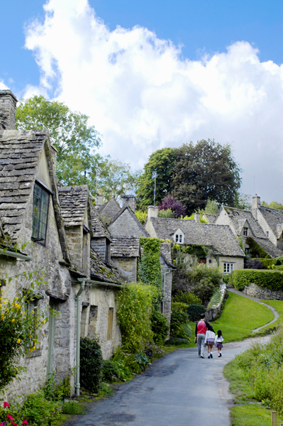 the most beautiful village in England・2_a0003650_21454364.jpg
