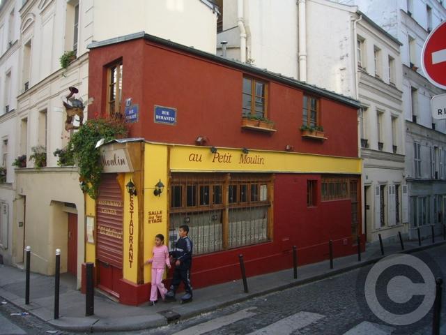 ■街角のレストラン(モンマルトル界隈、パリ)_a0014299_20591151.jpg