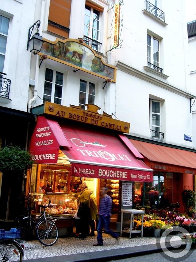 ■街角の肉屋(パリ)_a0014299_1873548.jpg