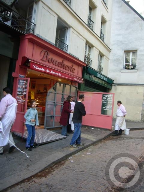 ■街角の肉屋(パリ)_a0014299_18840100.jpg