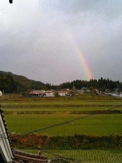 虹_f0071456_7312963.jpg