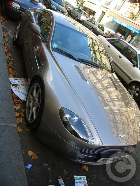 ■街角の車(パリPARIS)_a0008105_8403351.jpg
