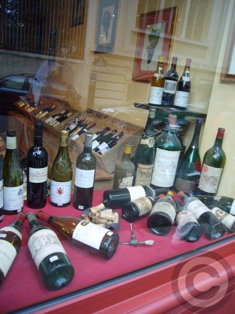 ■街角のワイン屋(パリ5区75005PARIS)_a0014299_1853628.jpg
