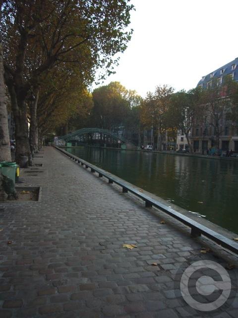 ■秋のサン・マルタン運河Canal Saint-Martin(PARIS)_a0008105_1654793.jpg