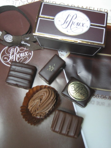 アンリ・ルルーのお菓子たち_b0065587_2262242.jpg