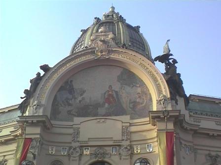 "プラハ市民会館  ""2003中欧_c0087349_482845.jpg"