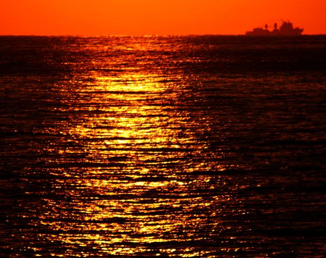 今日の「夕陽」_d0074828_2234295.jpg