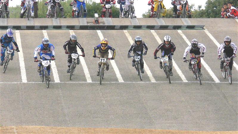 2006JBMXFジャパンシリーズファイナルVOL6 予選第3ヒート〜準決勝画像垂れ流し_b0065730_23472862.jpg