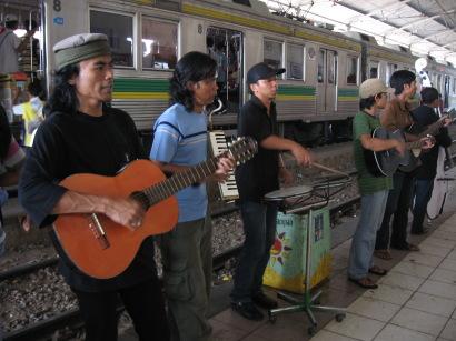 Stasiun Bogor_f0055745_16393370.jpg