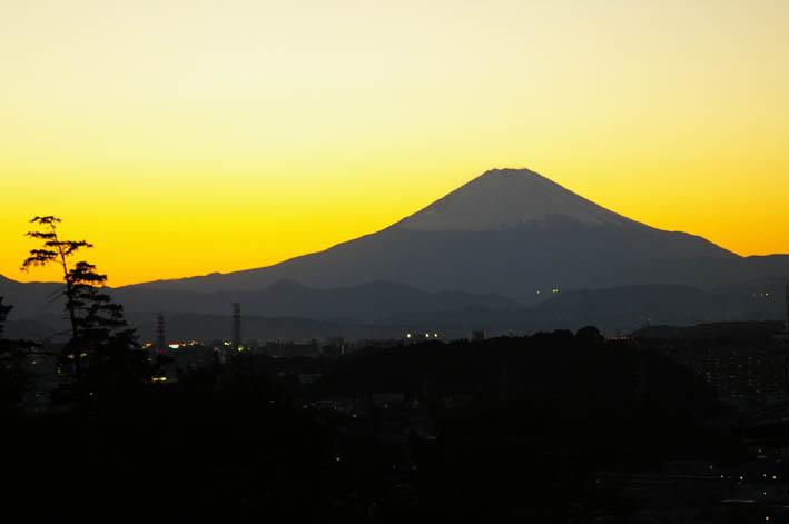 富士山は富士山の形で見られれば何処から見ても美しい_c0014967_18331291.jpg