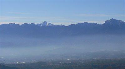 360度の展望の山・飯盛山_f0019247_22423396.jpg