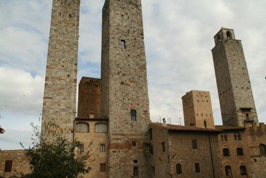ヴェルナッチャ・ディ・サンジミニャーノVernaccia di San Gimignano_f0090286_16382845.jpg