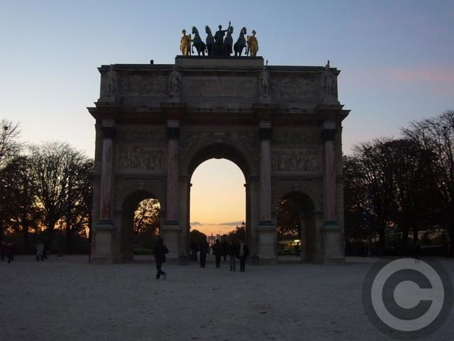 ■カルーゼル凱旋門Arc de Triomphe du Carrousel(パリ)_a0008105_0134758.jpg
