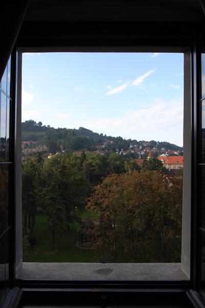 「ホテルの窓から」_b0043304_22283420.jpg