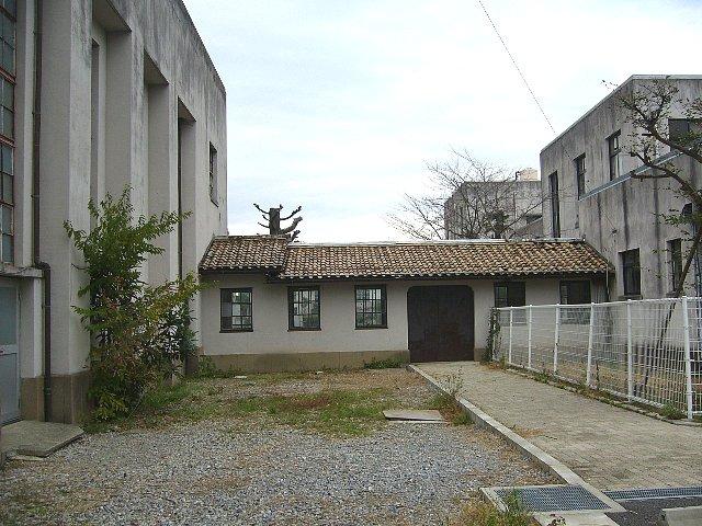 犬上郡の豊郷小学校_c0094541_1241153.jpg