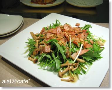水菜のホットドレッシングサラダ_a0056451_1246266.jpg